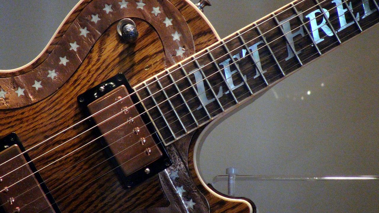 Dating gibson les paul guitars