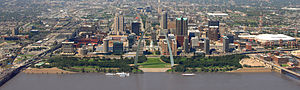 English: St. Louis, Missouri skyline in Septem...