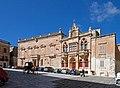 St Pauls Cathedral Square Mdina 2 (6815644756).jpg