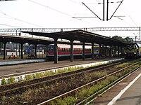 Stacja Szczecinek perony.jpg
