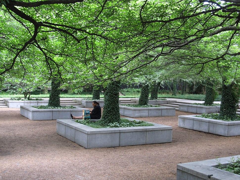 Stanley McCormick Memorial Court (North Garden), The Art Institute of Chicago, Chicago, Illinois (9179513269)
