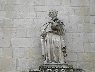Pamphilus of Sulmona - Statue of Saint Pamphilus on the front of the Palazzo dell'Annunziata in Sulmona