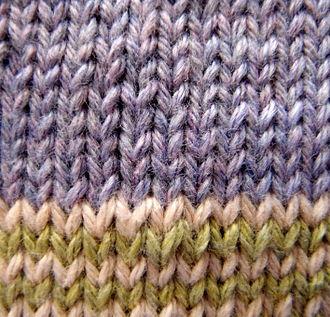 Basic knitted fabrics - Image: Stockinette example front