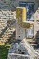 Stone cross in Toulonjac 01.jpg