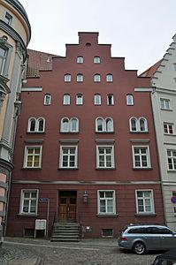 Stralsund, Fährstraße 13, Ecke Mauerstraße (2012-03-11), by Klugschnacker in Wikipedia.jpg