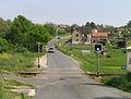 Týnec nad Sázavou, Pecerady, level crossing.jpg