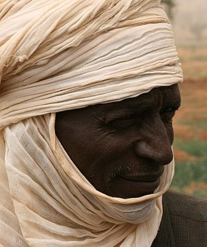English: Tuareg/peasant near Tahoua, Niger, Af...