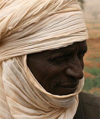 English: Tuareg/peasant near Tahoua, Niger, Af...