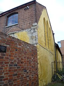Blackfriars buildings formerly used by Talbots. Talbots Bottlers, Gloucester 02.JPG
