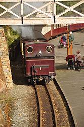 Taliesin at Tan-y-Bwlch railway station (8315).jpg