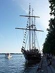 Tallship Peacemaker moored in Toronto, 2013 06 20 -c.JPG