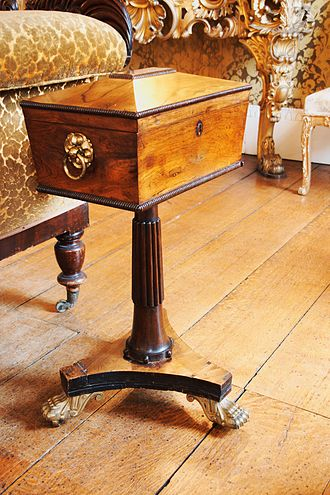Tea caddy - A 19th-century tea chest with its own stand