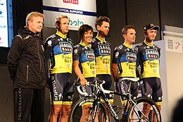 Ciclisti del Team Saxo Bank alla Japan Cup 2012