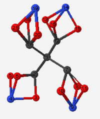 Tetranitrateoxycarbon ball and stick model.png