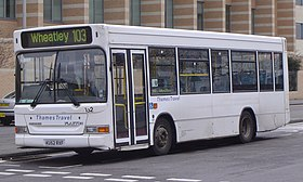 Thames Travel KU52 RXF front (Cropped).jpg