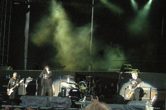 The Cult performing in 2009. The Cult, Sonisphere 2009.jpg