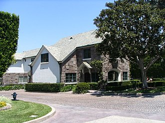 Beverly Park, Los Angeles - The Beverly Park gatehouse at Summitridge