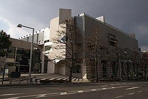 岡山県立美術館's relation image