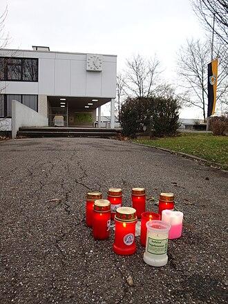 Winnenden school shooting - Candles in front of the Albertville school