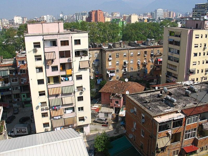 File:Tirana, pohled.jpg