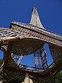 Tour Eiffel copiée en osier à Champsevraine (Hte-Marne, F).JPG