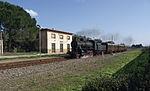 Treno storico con Locomotiva FS 740.423 e carrozze Cento Porte a Cixerri.jpg