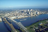 An aerial view of New Orleans (1999).