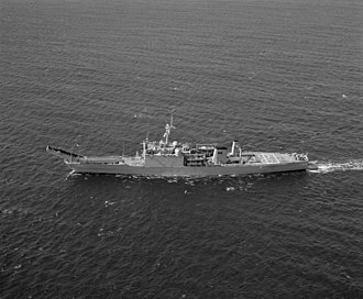 USS Cayuga (LST-1186) - Image: USS Cayuga (LST 1186) port view
