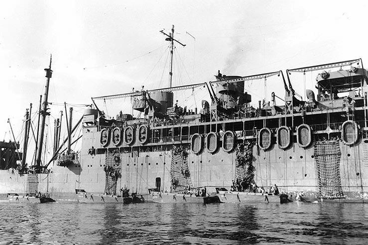 USS McCawley landing rehearsal