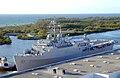 USS Trenton LPD-14 fleetweek2004.jpg