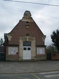 Vélu - Mairie.JPG