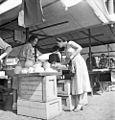 Vegetable market in Stockholm 1951.jpg