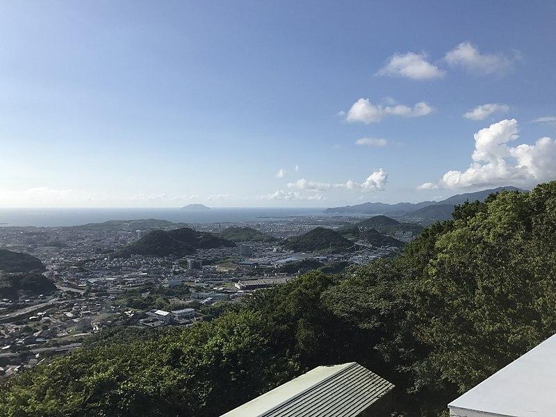 File:View from roof of Hinoyama Station (northwest).jpg