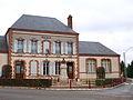 Villemoutiers-FR-45-mairie-01.jpg