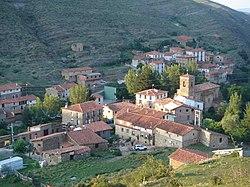Vista de Cabezon de Cameros La Rioja España.jpg