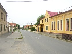 Vojkovice ME CZ thoroughfare towards ENE 327.jpg