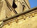 Vue des modillons de l'église de Chaillevois.jpg