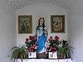 Waidhofen an der Ybbs - Figur der hl Barbara in einem Marterls in Rehau.jpg