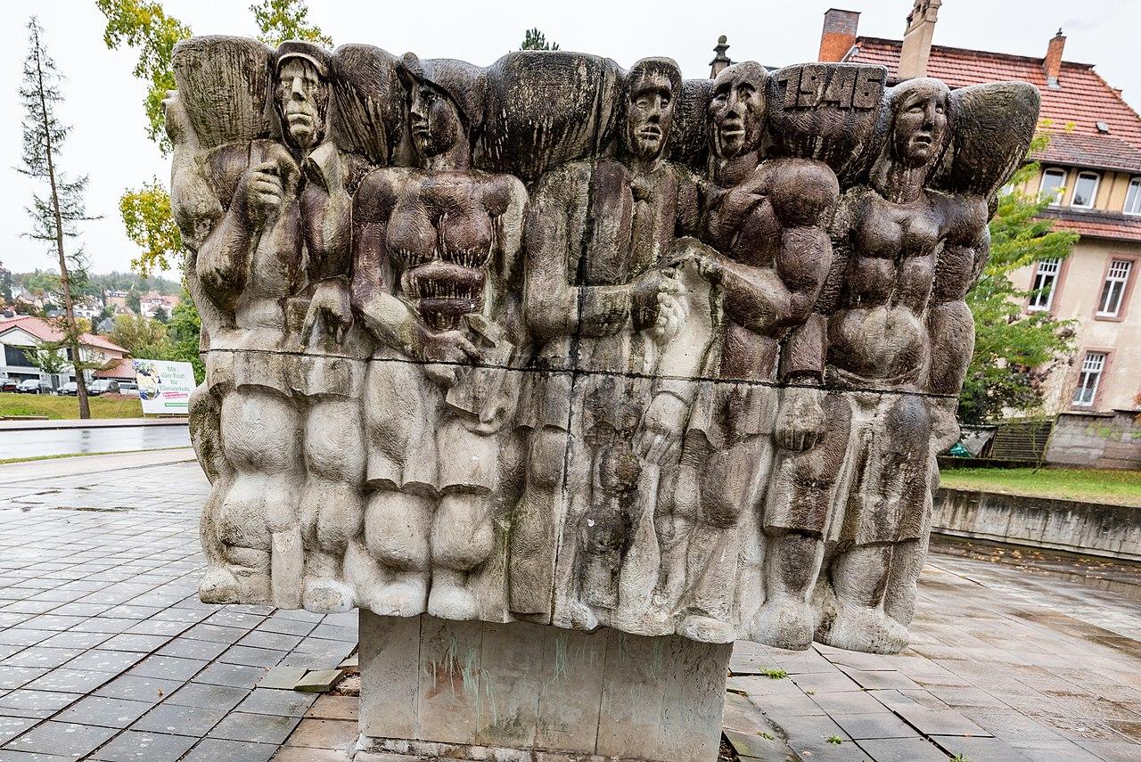 Wartburgallee, Denkmal zur Gesichte der Arbeiterbewegung Eisenach 20191004 003.jpg