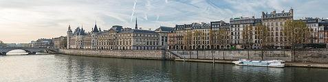 Western part of Île de la Cité, Paris, North view 20140402 1.jpg