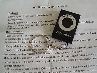 Wi-Fi - A keychain-size Wi-Fi detector
