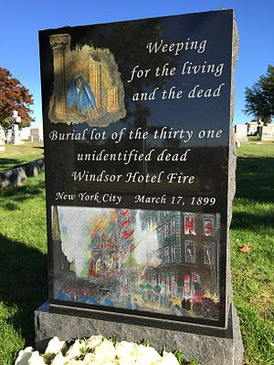 Windsor Hotel (Manhattan) - Monument to unidentified fire victims in Kensico Cemetery