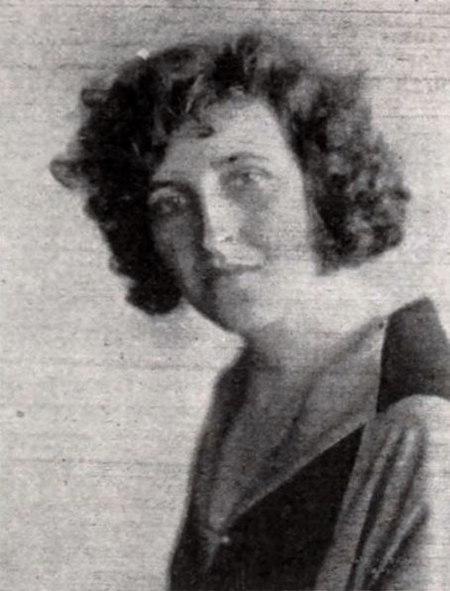 Winifred Dunn - Feb 1922 EH.jpg