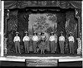 Women in the chorus at the Lyceum Theatre, ca 1909 (MOHAI 6225).jpg