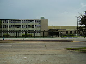 Worthing High School (Houston) - Image: Worthing High School Houston