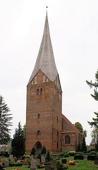 Wusterhusen Johanneskirche Westseite.jpg