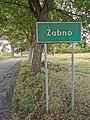 Zabno znak wjazdu do wsi.jpg