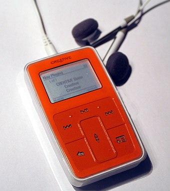 Creative zen wikiwand zen micro with the included earphones fandeluxe Image collections