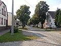 ZinnaDorfstr-v-Kirche.JPG