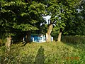 Братская могила 34 подпольщиков и мирных граждан, расстреляных фашистами в Вязьме около железной дороги.jpg